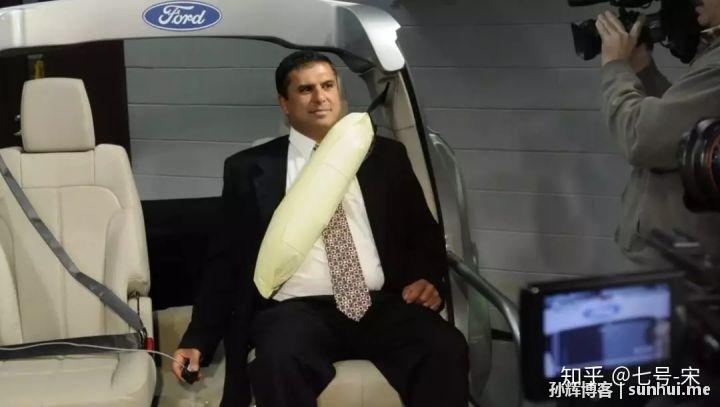 还在抢着坐后排?家用车后排座椅安全性被反超(下)